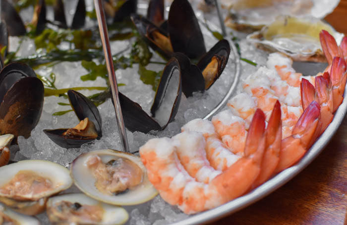 Where to get seafood platters in VA