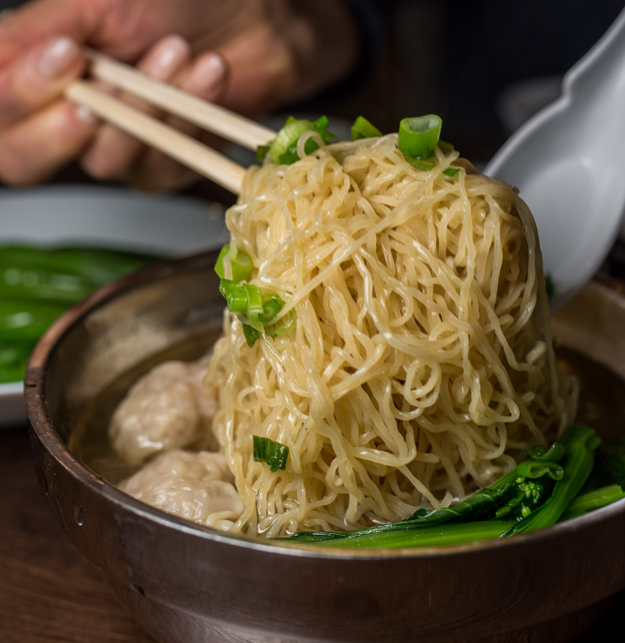 cantonese style noodle soup