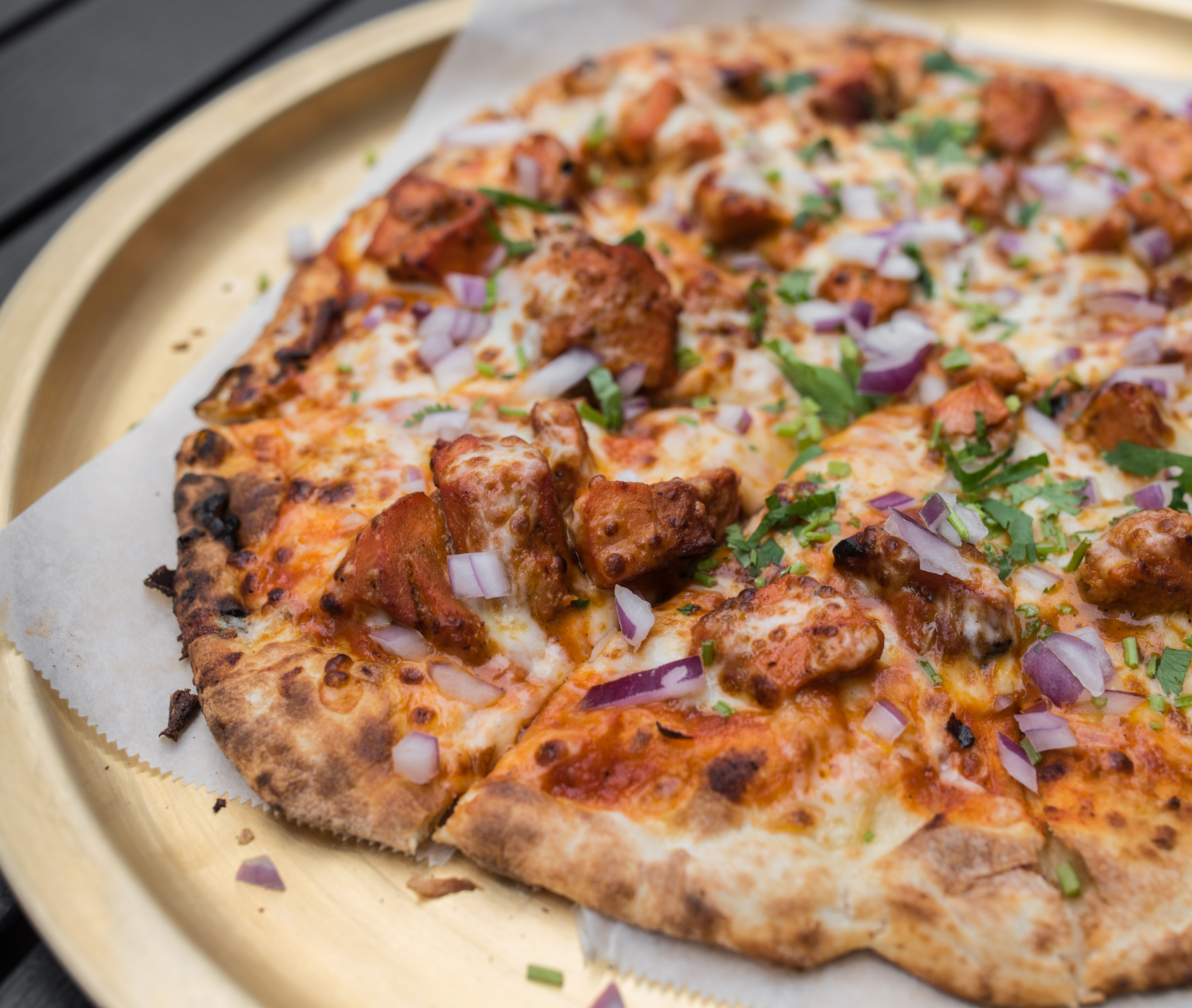 spice 6 naan pizza